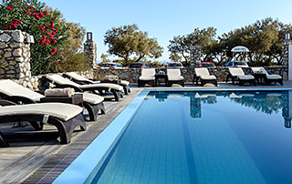 Scopios Beach Hotel, Accommodation